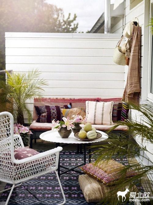 16 id es de d coration pour petit balcon une hirondelle for Deco terrasse orientale