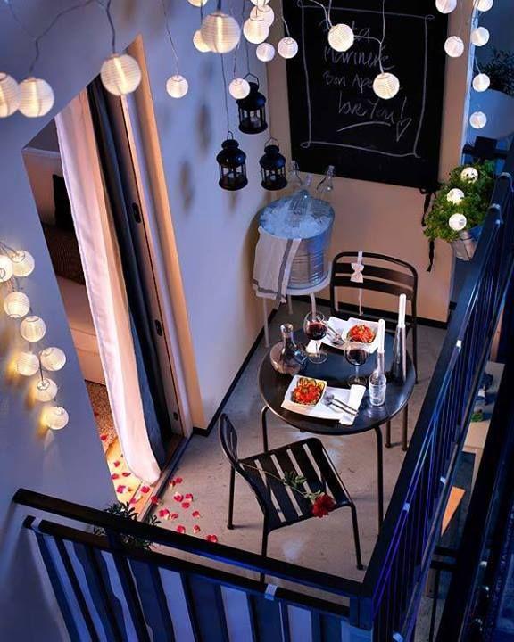 une terrasse ou un balcon qui vous ressemble et dans lesquels vous vous  sentirez bienguirlandes lumineusedécoration lumineuse solaire un peu  de magie
