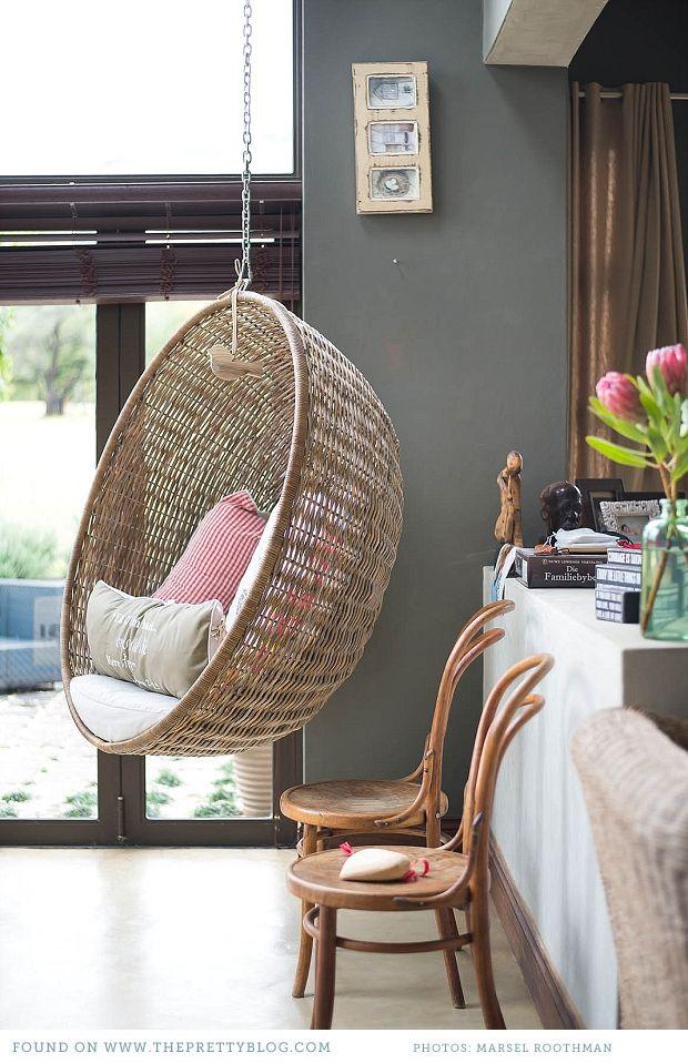Un fauteuil suspendu dans la maison une hirondelle dans les tiroirs - Maison du monde fauteuil suspendu ...
