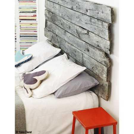 D co r cup le loft inventif de zo de las cases for Table repliable sur mur
