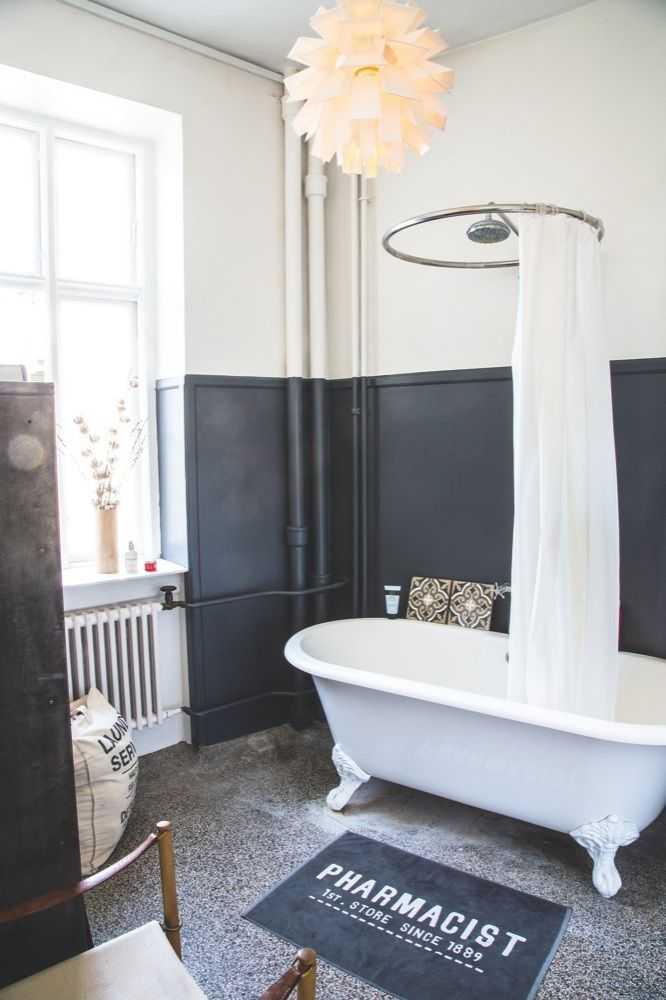 une baignoire ancienne dans la d co une hirondelle dans les tiroirs. Black Bedroom Furniture Sets. Home Design Ideas