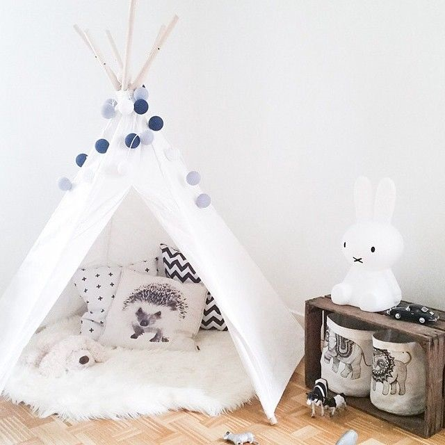 tipi chambre enfant 6 une hirondelle dans les tiroirs. Black Bedroom Furniture Sets. Home Design Ideas