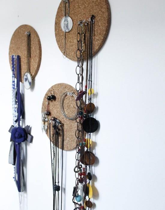 idees ranger bijoux 16 une hirondelle dans les tiroirs. Black Bedroom Furniture Sets. Home Design Ideas