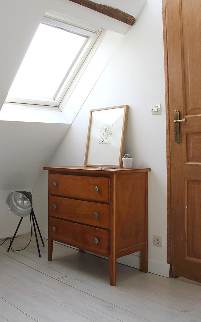 12 chambre poligom une hirondelle dans les tiroirs. Black Bedroom Furniture Sets. Home Design Ideas