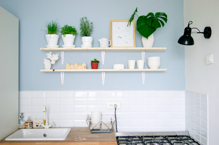 amenager petite cuisine astuces dco comment agrandir une. Black Bedroom Furniture Sets. Home Design Ideas