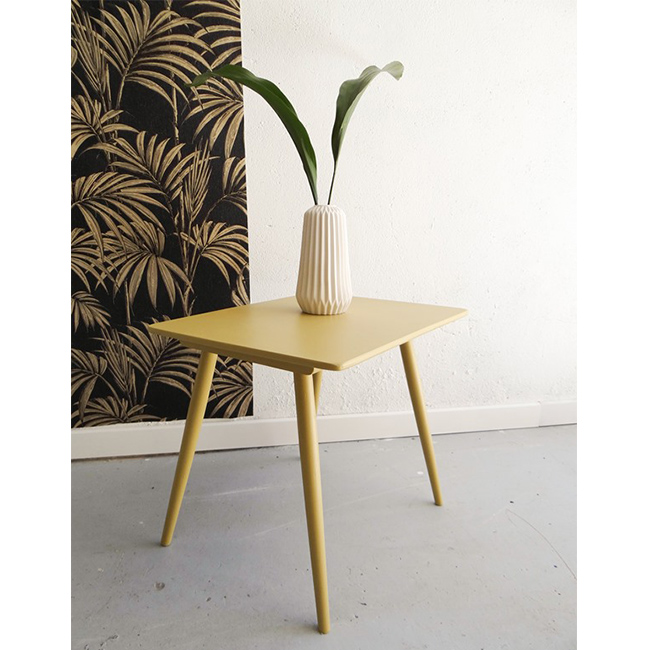 table vintage jaune