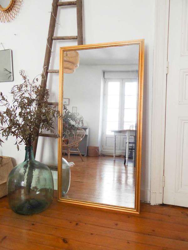 Diy crire sur un miroir une hirondelle dans les tiroirs for Ou trouver un miroir