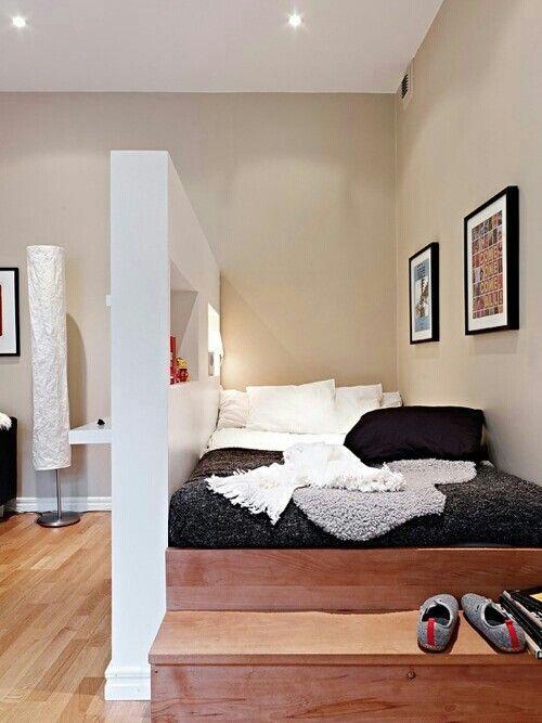 Coin chambre dans le salon 40 id es pour l 39 am nager une hirondelle dans les tiroirs - Cloison studio ...