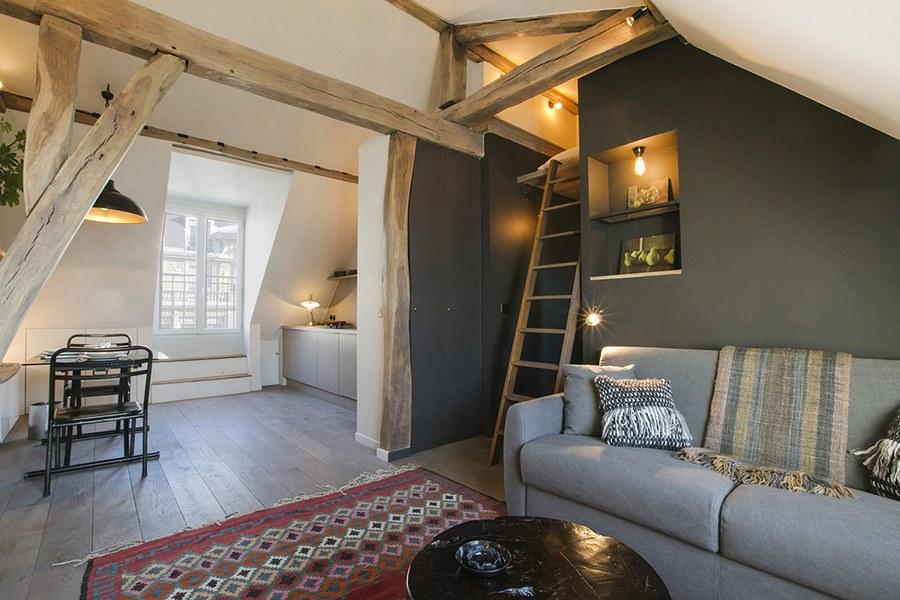un 30 m sous les toits qui optimise l 39 espace une hirondelle dans les tiroirs. Black Bedroom Furniture Sets. Home Design Ideas