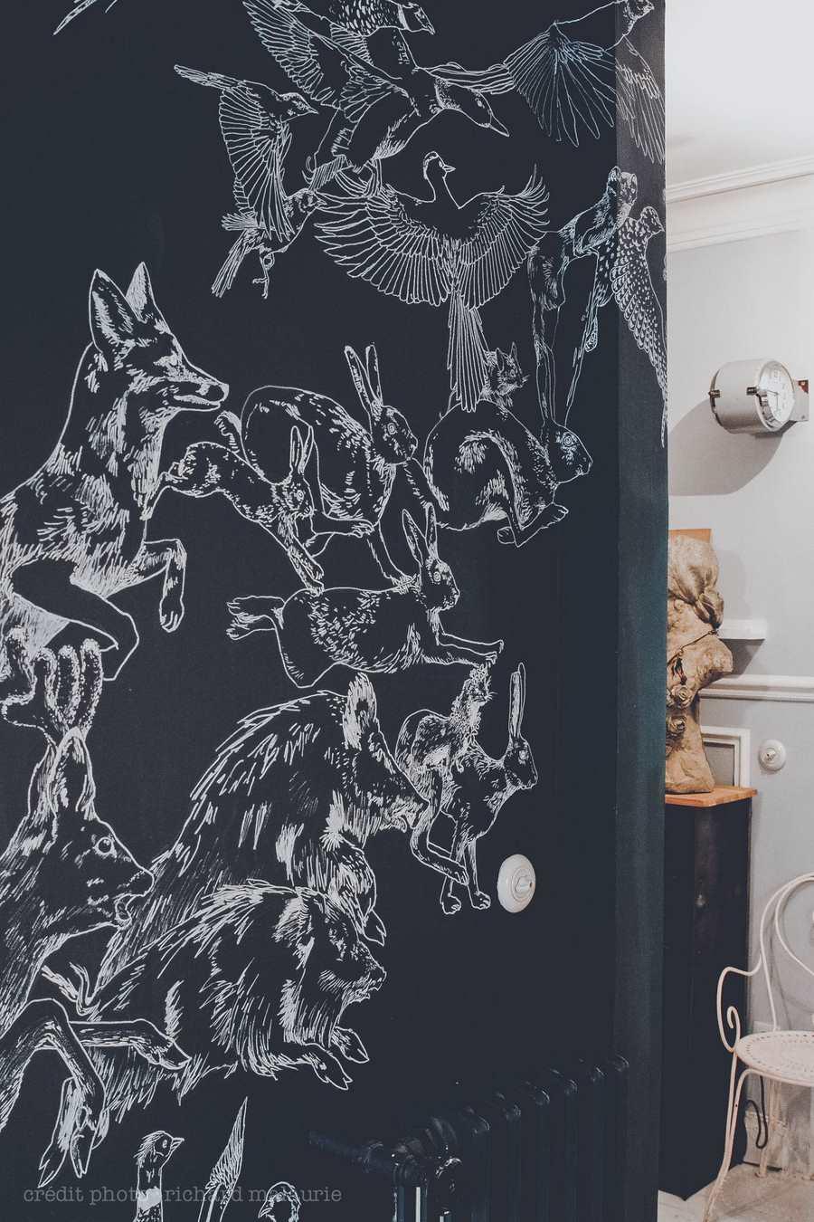 Les fresques murales de caddous alvarez une hirondelle for Decoration murale haussmannien