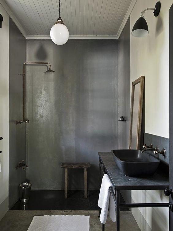 du b ton cir dans la salle de bain une hirondelle dans les tiroirs. Black Bedroom Furniture Sets. Home Design Ideas