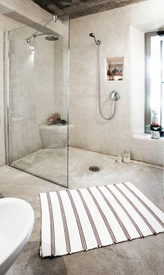 Du b ton cir dans la salle de bain une hirondelle dans les tiroirs - Beton cire salle de bain couleur ...