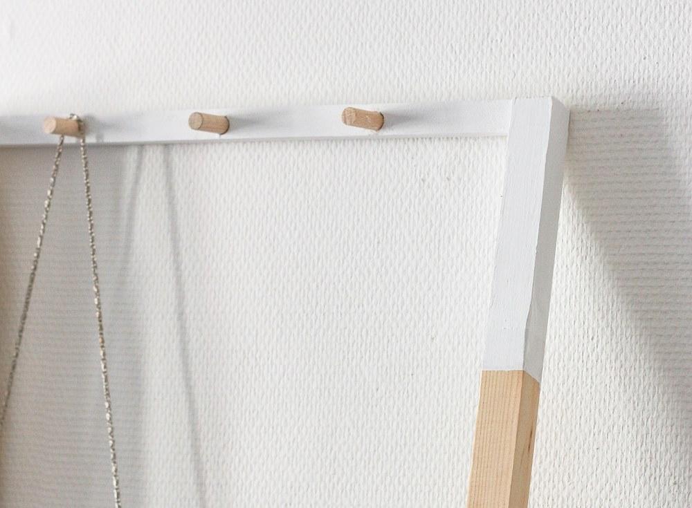 diy une chelle de rangement ultra maligne une hirondelle dans les tiroirs. Black Bedroom Furniture Sets. Home Design Ideas