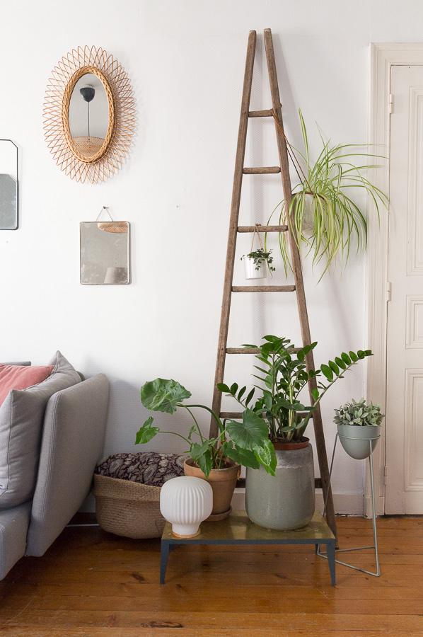 une hirondelle dans le tiroir interesting une hirondelle dans les tiroirs with une hirondelle. Black Bedroom Furniture Sets. Home Design Ideas